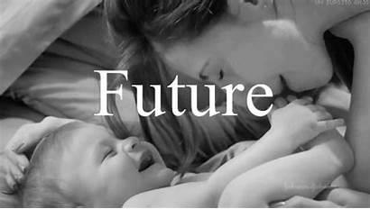 Son Mother Um Gifs Kiss Futuro Ops