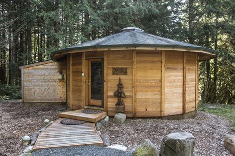 Get Cozy At Vacation Cabins Near Mount Rainier