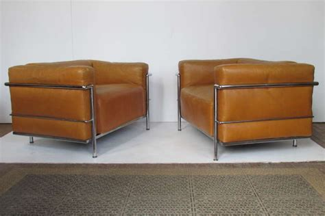 canapé lc3 le corbusier le corbusier lc3 grand modele armchairs for cassina at 1stdibs