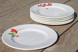 Crate Barrel Christmas Holiday Berry China Plates Mary
