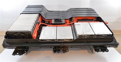 nissan continues  push li ion battery technology ev