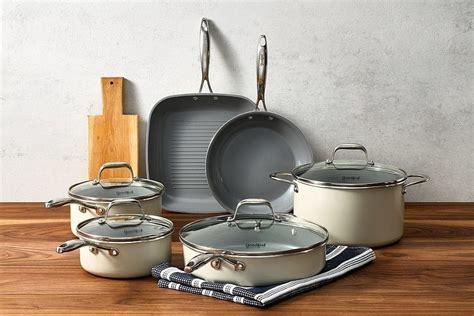 cookware ceramic piece