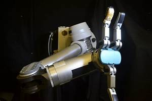 Flexible 'skin' can help robots, prosthetics perform ...