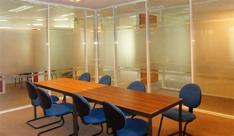 cloisonnement bureau les cloisons de bureau vitrées toute hauteur espace