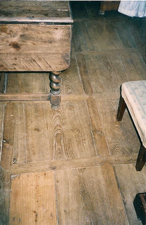 parquet ancien en ch 202 ne 192 panneaux antiquaire d 233 corateur