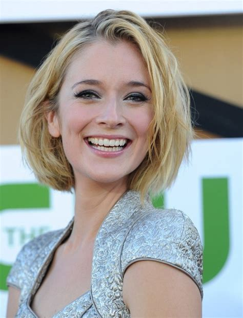 2014 caitlin fitzgerald cute short hairstyles blonde bob