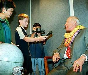 School Teacher Astronaut Who Died - Pics about space