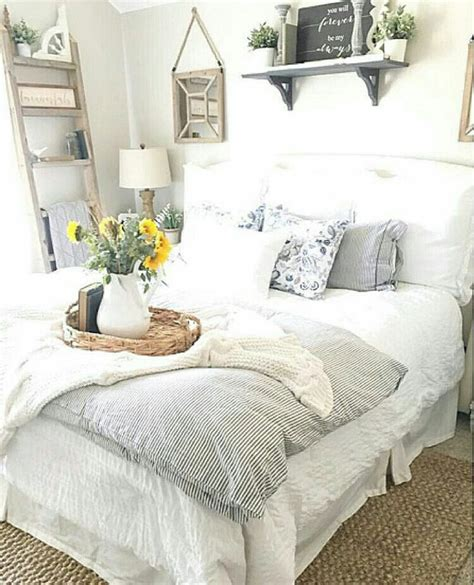 farmhouse style bedroom decor 18 rustic master bedroom decor ideas that will invite you in the crafting nook by titicrafty