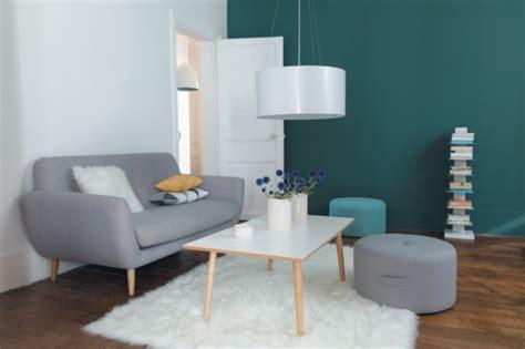 canape cuir bleu le fauteuil design scandinave archzine fr