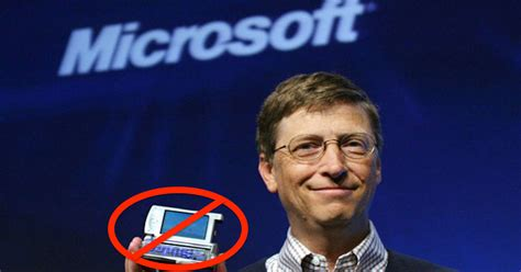 [VIDEO] Bill Gates Now Uses An Android Phone With 'Lots Of ...