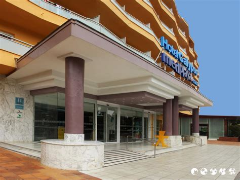 Hotel Calypso, Salou  Reservingm. Best Western Hotel Pax. Crowne Plaza Berlin City Centre Nurnberger Hotel. Ditholo Lodge & Wildlife Estate. Grand Hotel. NEST Apartments. Haus Armina Hotel. Emaroo Cottages. China Mayors Plaza Hotel