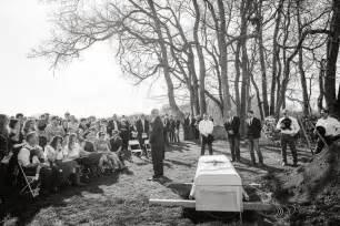 Funeral Joey Rory Feek