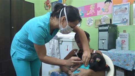 La vacunación se llevará a cabo en etapas de acuerdo a los grupos establecidos y se realizará en forma gratuita, equitativa y voluntaria. Coronavirus Perú   Conoce dónde vacunar a menores de cinco años y población vulnerable   Lima ...