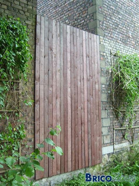 Idée Pour Cacher Un Trou Dans Un Mur by Masquer Mur B 233 Ton Par Bardage Bois