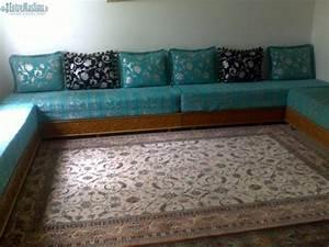 Banquette Salon Marocain : salon sedari banquette marocain en bonne etat ~ Teatrodelosmanantiales.com Idées de Décoration
