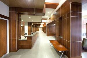 Modern Office Decoration with Wooden Wall Design