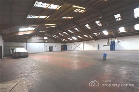 For Sale 2 Bay Warehouse On One Acre Of Land , Industrial