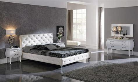 chambre a coucher avec coiffeuse chambre blanche avec moquette grise chaios com