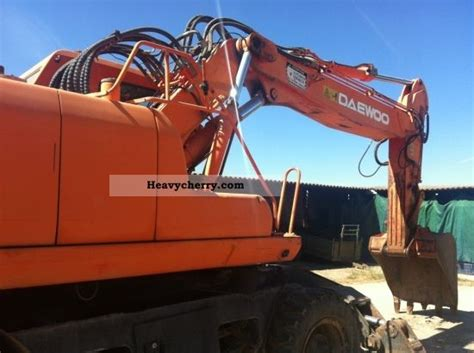 daewoo 200 w v 2002 mobile digger construction equipment and specs