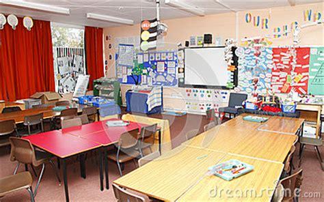 empty school classroom royalty  stock images image