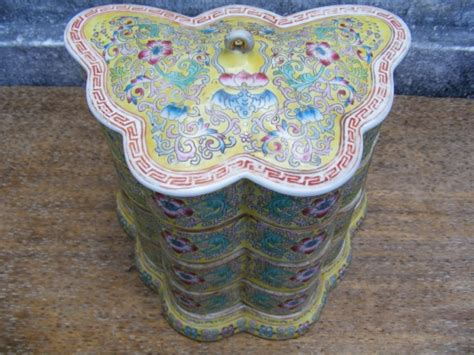 food container 3 tier nyonya old wedding ware malaysia for