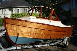 Nomad 16 Lapstrake Runabout Classic Styling, Good