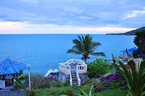 pantai terindah  indonesia  tempat honeymoon