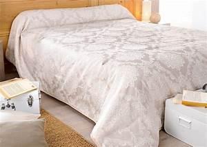 Jeté De Lit : couvre lit jet de lit san marco pour lit de 90 140 160 180 ou 200 cm ~ Teatrodelosmanantiales.com Idées de Décoration