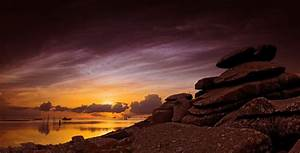 Rocky outcrop overlooking the ocean 5k Retina Ultra HD ...
