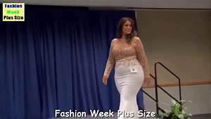 Fashion Week Plus Size 2017 Large Woman Wearing Bikini ...