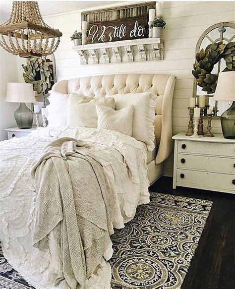 farmhouse style bedroom decor best 25 farmhouse bedrooms ideas on