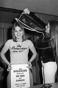 Joan and Lita - The Runaways Photo (15664079) - Fanpop
