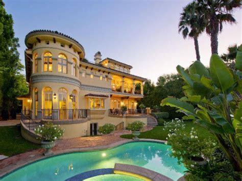 Estate of the Day: $6.1 Million Mediterranean Estate in