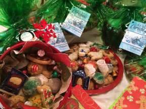 edible christmas gifts christmas cookie gift trays and baskets edible