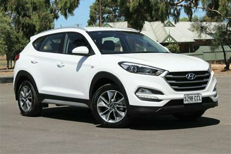 Research the 2018 hyundai tucson at cars.com and find specs, pricing, mpg, safety data, photos, videos, reviews and local inventory. 2018 Hyundai Tucson TL MY18 Active X 2WD White 6 Speed ...