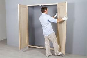 Portes De Placards : poser des portes de placard battantes diy family ~ Dode.kayakingforconservation.com Idées de Décoration