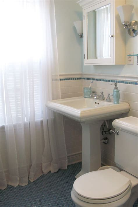 Sinking In The Bathtub 1930 by Just Grand Original 1930 S Bathroom Remodel