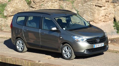 lodgy 7 places occasion essai vid 233 o dacia lodgy imbattable