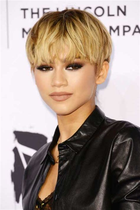 Hairstyles For A Pixie Cut by 20 Pixie Cuts Hairstyles 2017 2018