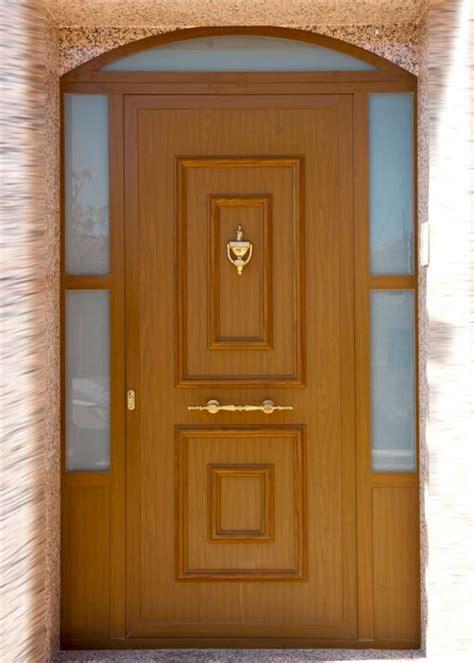 puertas aluminio  pvc en albacete