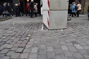 Cash Und Raus Düsseldorf : betonklotz um mehr als 30 cm verschoben lokalb ro d sseldorf ~ Orissabook.com Haus und Dekorationen