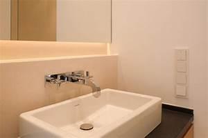 Waschbecken Zum Aufsetzen : das badezimmer ein raum zum wohlf hlen und f r die hygiene ~ Markanthonyermac.com Haus und Dekorationen