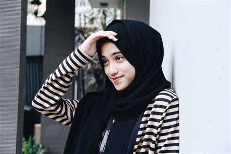 hijab cantik  jilbab instan
