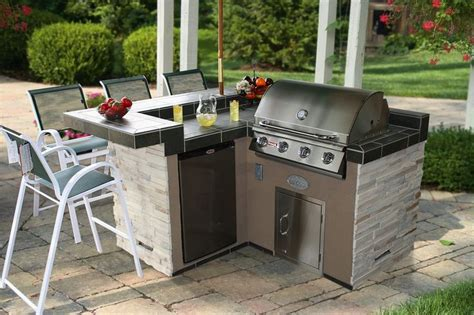 tile outdoor kitchen 13 best images about outdoor bbq kitchen islands on 2770