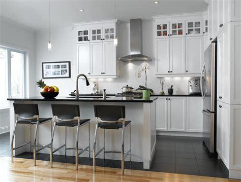cuisine blanc blanc un retour cuisine bois quartz