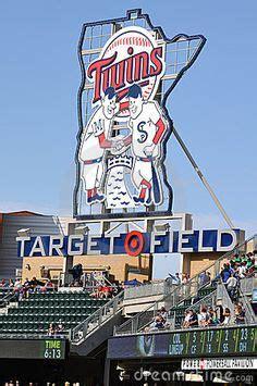 touring all 30 major league baseball stadiums football other and hockey
