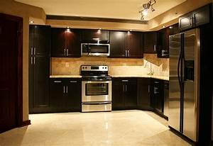 Cuisine exemple de cuisine ouverte avec jaune couleur for Exemple de cuisine ouverte