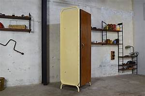 Meuble Vintage Industriel : meuble vestiaire industriel peter vintage 1950 ~ Teatrodelosmanantiales.com Idées de Décoration