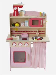 Cuisine Enfant En Bois : une cuisine enfant en bois pour imiter les grands jouet en bois cuisine ~ Teatrodelosmanantiales.com Idées de Décoration