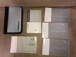 2008 Nissan Altima Owners Manual With Zippered Jacket And